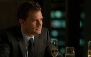 男人喝酒图片,男人没有女人会寂寞,没有酒更寂寞