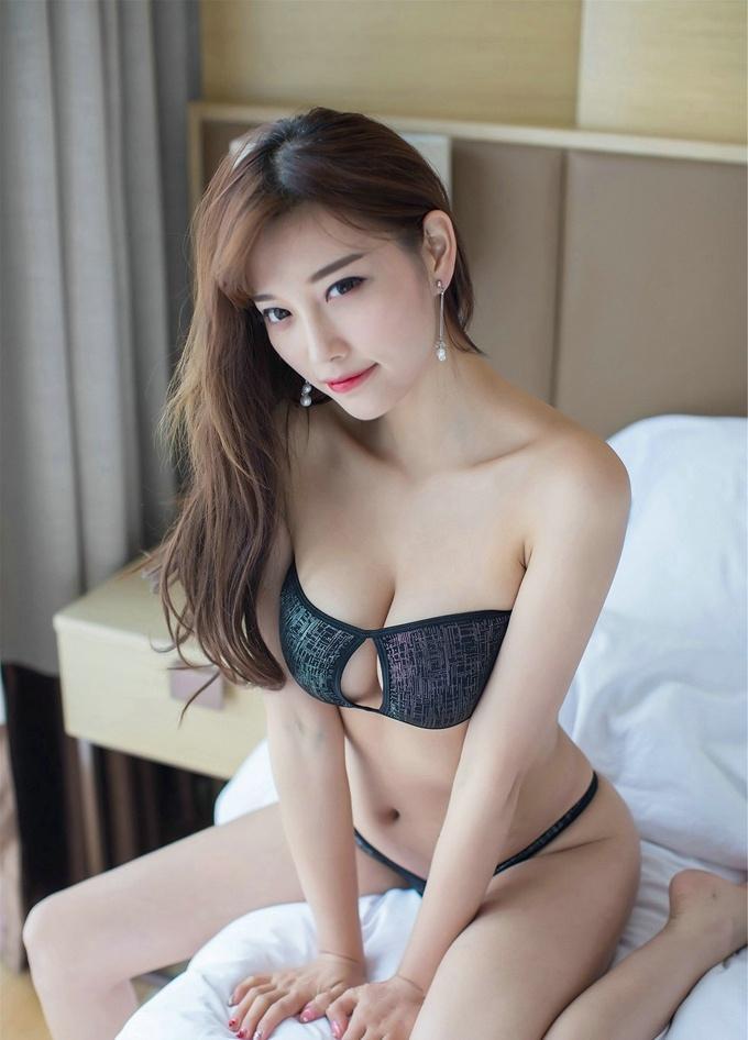甜美女神杨晨晨sugar豪乳诱惑翘臀迷人娇嫩俏丽写真