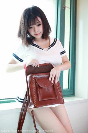 童颜巨乳女神刘飞儿Faye可爱水手服写真