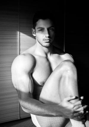 长的好看的欧美肌肉帅哥图片