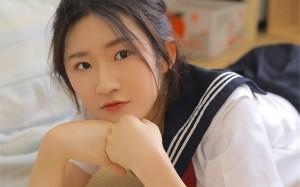 日系学生制服美女诱惑写真壁纸