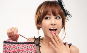 张子萱纯美动人头像写真