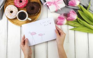 母亲节鲜花创意礼盒图片桌面壁纸