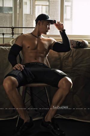 健身归来 壮硕的胸肌是最大的欣慰