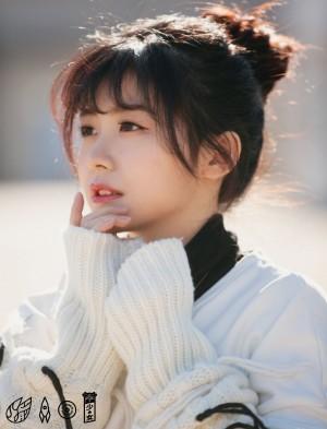 赖美云日系纯美少女写真图片