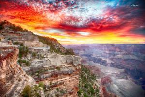 大峡谷的落日和星空
