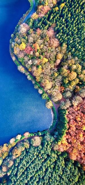 俯瞰视角清新自然风景手机壁纸