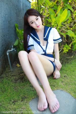 嫩模赵小米kitty学生装清纯写真图片