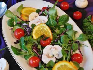 营养丰富美味沙拉图片桌面壁纸