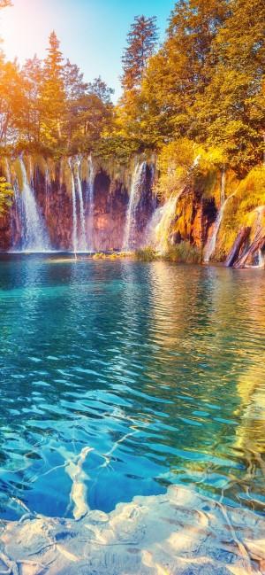 唯美瀑布风景高清手机壁纸