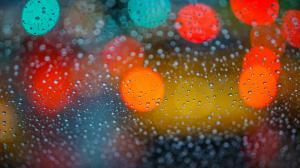 玻璃上水滴创意唯美高清图片壁纸