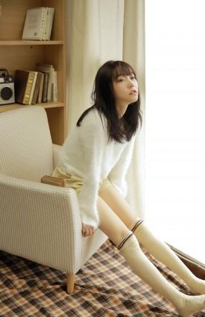 长腿美女甜美诱人性感写真