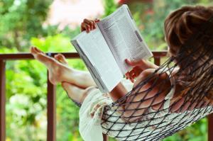 欧美性感美女爱阅读