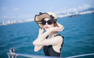 古力娜扎性感海上清爽写真图片