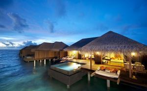 旅游圣地马尔代夫风景桌面壁纸