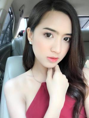 泰国网红美女Jarinporn Boonrit高颜值写真大全