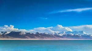 蓝天白云和大海唯美壮观自然风光5K高清
