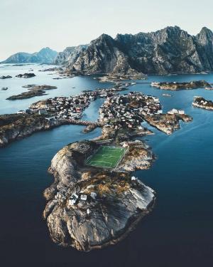 挪威亨宁斯韦尔渔村