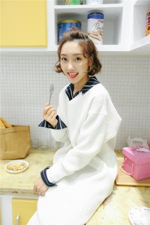 宣璐最新可爱俏皮厨房写真高清图片