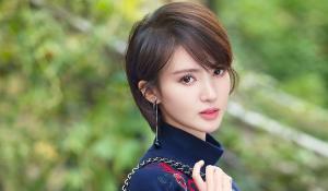 美女明星金晨百变时尚服饰魅力图片