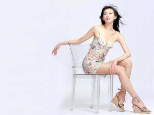 美腿高跟美女图片