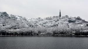 杭州西湖雪景高清电脑壁纸