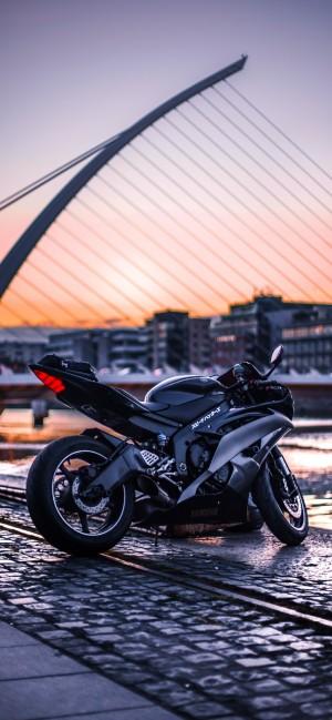 酷帅摩托车手机壁纸