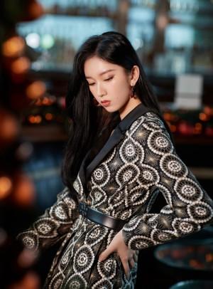 刘令姿靓丽时尚写真图片