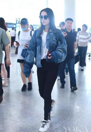 迪丽热巴oversized牛仔外套休闲既时尚机场美拍