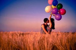个性非主流情侣接吻图片