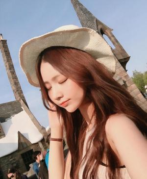 韩国大胸美女heex.x自拍美照图片